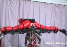 Imagen Robot para practicar BDSM en tu casa