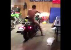 Imagen Quería impresionar a su novia con su moto