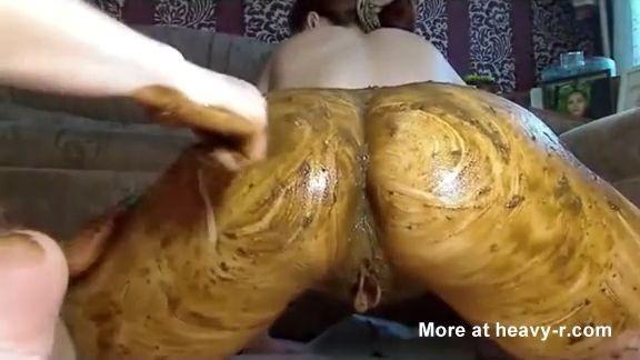 d1a0aaca4264d95 thumb307 - Extremo y cerdo video de pipí, cacas y sexo
