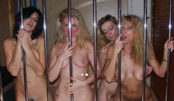 Lesbianas encarceladas en una sauna
