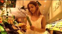 Adolescente ama las verduras