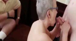Abuela follando con joven y el abuelo mirando