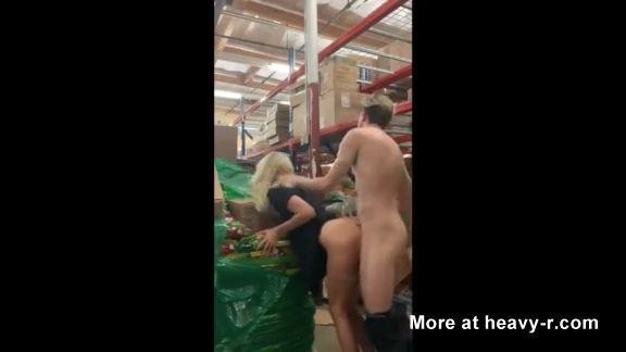 Graban un Video X follando en una tienda