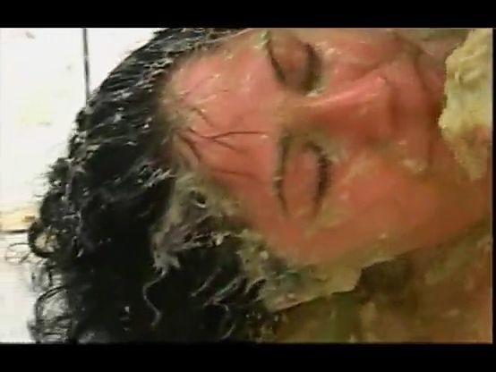 Karina la esclava del vómito XXX