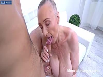 Sexo con anciana que podría ser mi abuela