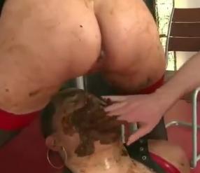 Scat increíble mujeres tragando caca