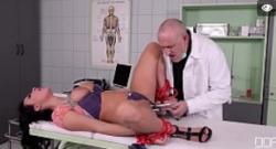 XXX extrema fetiche con la sumisa Isabel Dean BDSM
